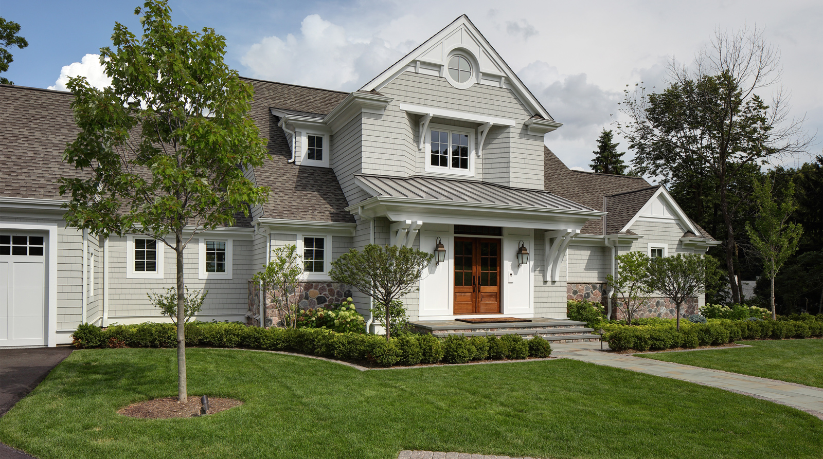 Spruce Up the Landscape of Your Custom Built Home For Summer